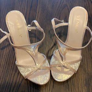 Heels-shoes